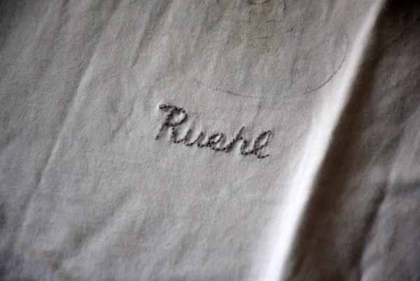 美品 希少 レア物 カクテル LADY Tシャツ RUEHL No.925 本物 ルール ナンバー925 正規品 アバクロの上級ブランド_画像3