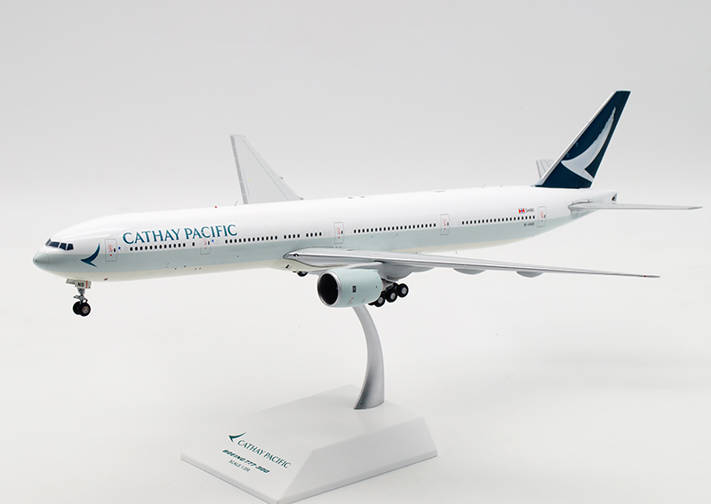 JC Wings 1:200 キャセイパシフィック航空 B777-300 B-HNS EW2773003 Cathay Pacific Airlines_画像2