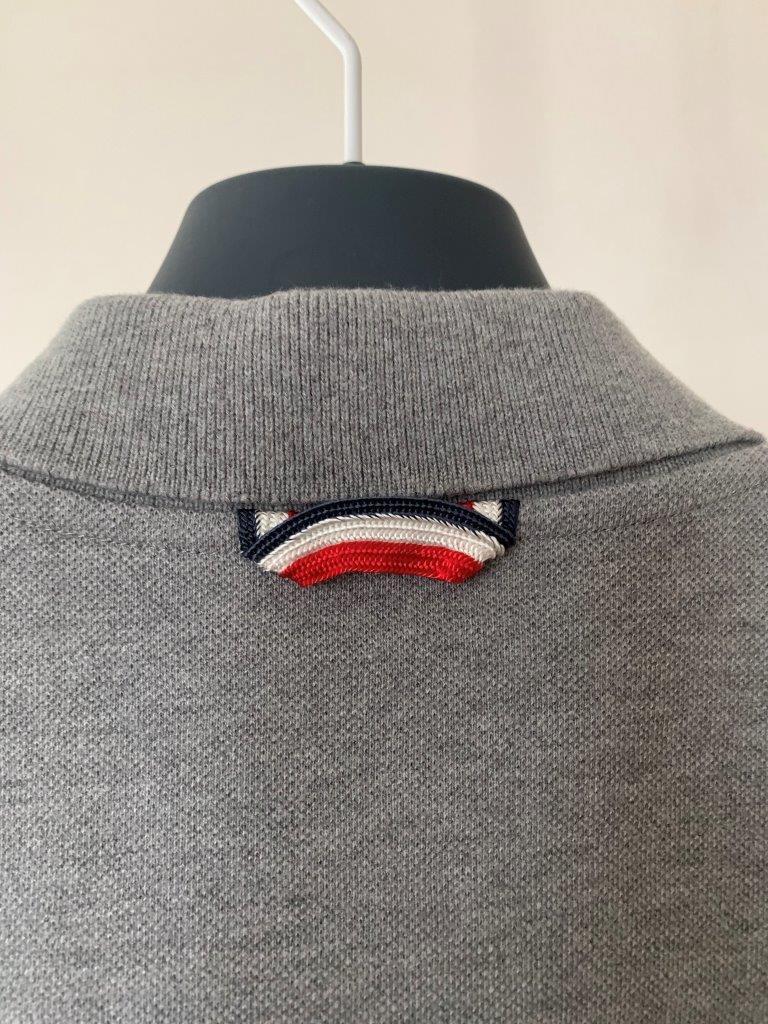 ポロシャツ の頂点 モンクレール ガムブルー by トムブラウン 全開 グレー×トリコロール 100%正規美品 定価8万円 サイズS Tシャツ_画像6