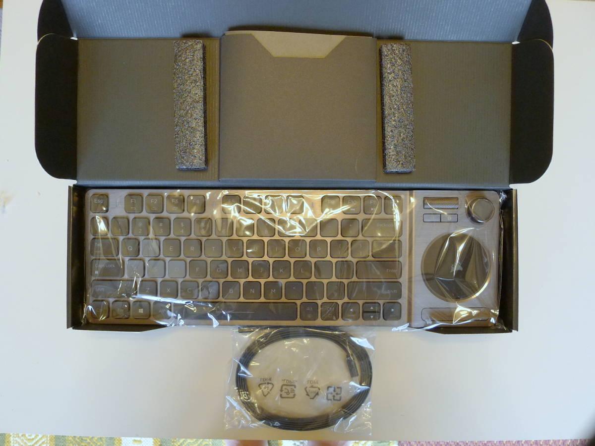 【使用僅か 美品】CORSAIR コルセア K83 ワイヤレスエンターテイメントキーボード 英語配列_画像3
