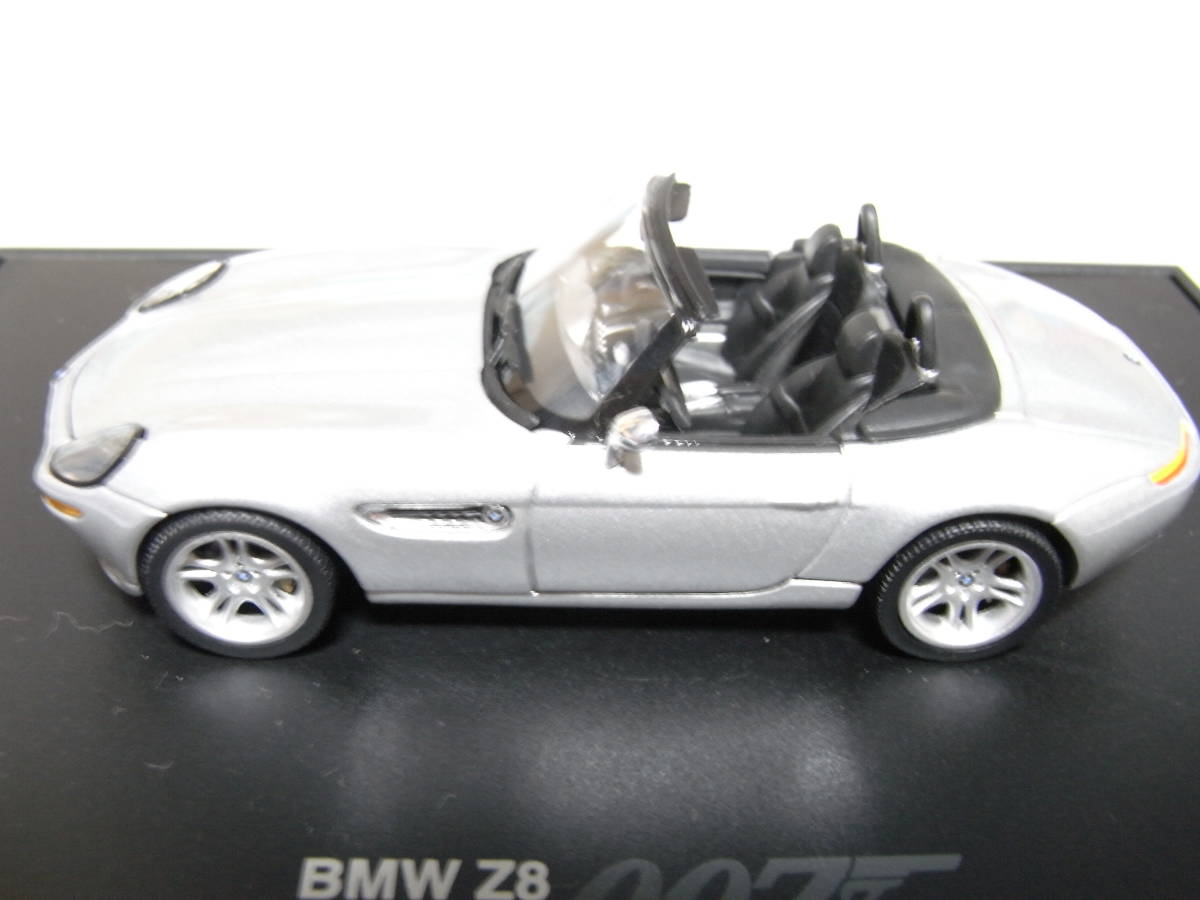 【BMW別注】 1/43 MINICHAMPS BMW Z8 James Bond Edition 1999 ジェームズボンド 007 The World Is Not Enough 007 ミニチャンプス_画像3
