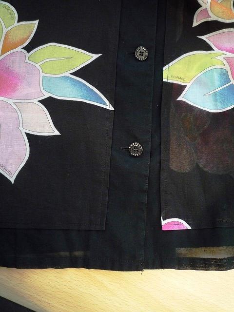 ☆LEONARD SPORT レオナール スポーツ シャツ ブラウス 花柄 ブラック系 大きいサイズ _前、裾