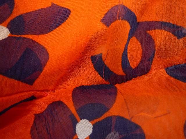 CHANEL シャネル シルク シフォン 薄手 ブラウス 大きな ココマーク CCロゴ お花 オレンジ×ネイビー 大きめ サイズ 42_8.糸のヒキツレ
