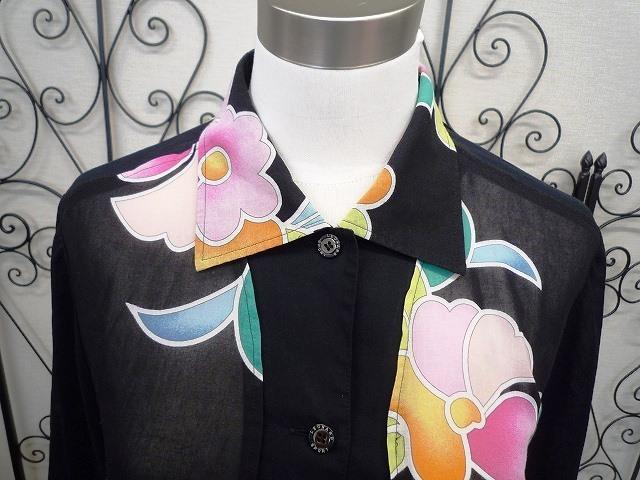 ☆LEONARD SPORT レオナール スポーツ シャツ ブラウス 花柄 ブラック系 大きいサイズ _前アップ