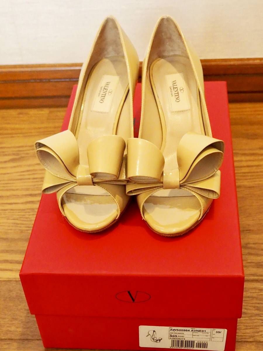 VALENTINO ヴァレンティノ ベージュ パテント サンダル 靴 35.5 超美品