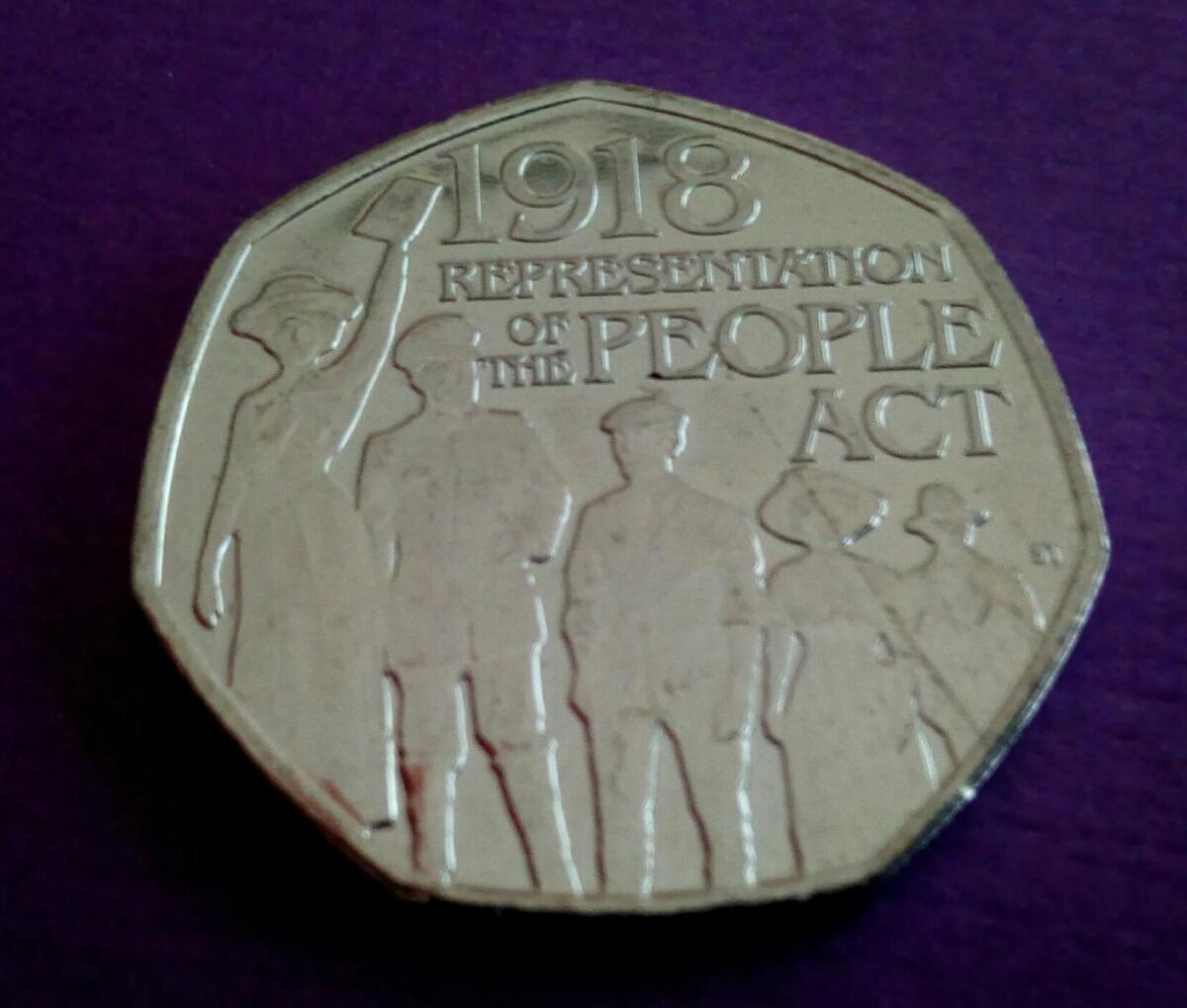 イギリス 英国 50ペンス コインRepresentation of the People Act 1918 デザイン8g 27mm2018年 エリザベス女王Thank you for looking!_画像5