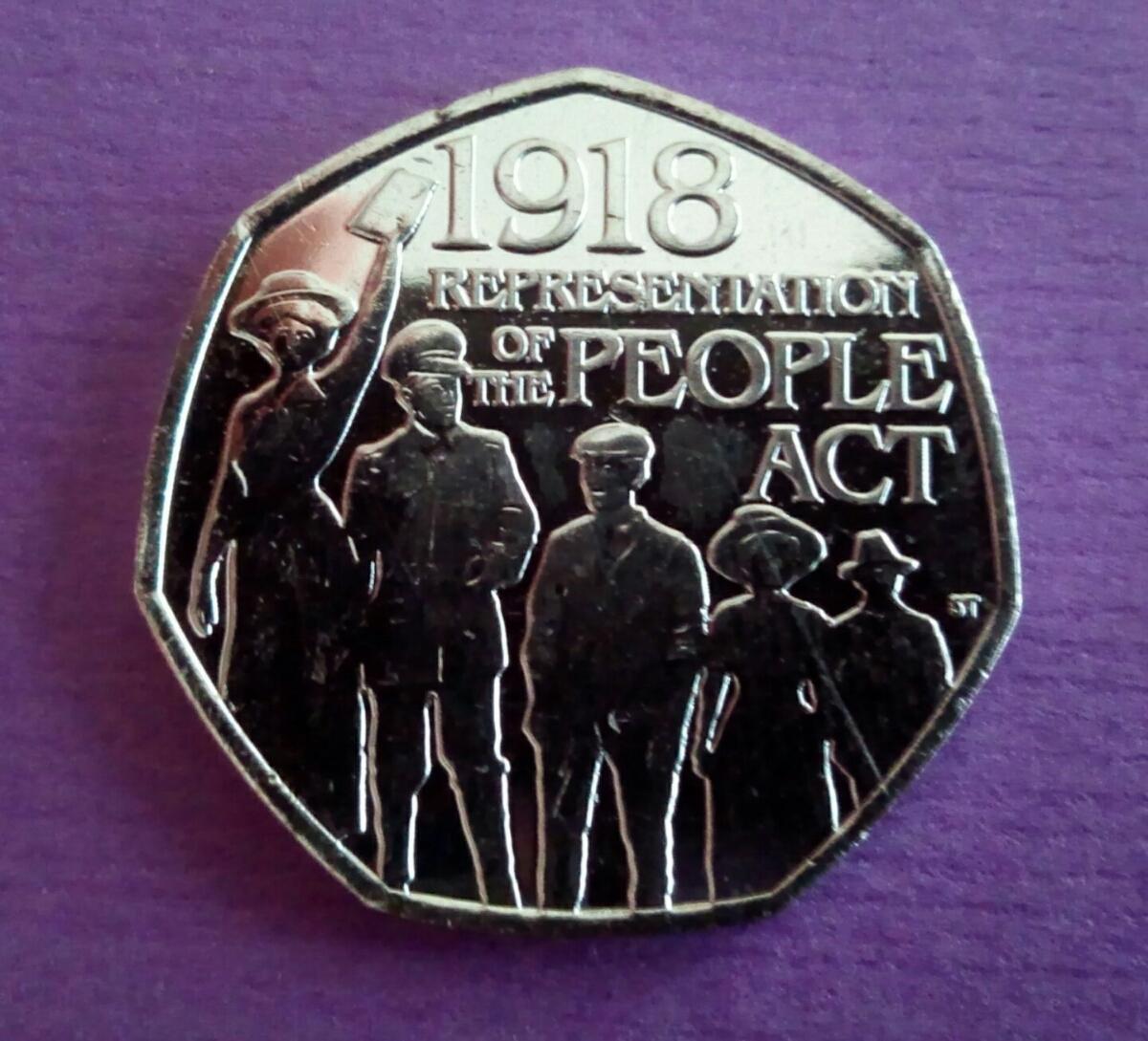 イギリス 英国 50ペンス コインRepresentation of the People Act 1918 デザイン8g 27mm2018年 エリザベス女王Thank you for looking!_画像1