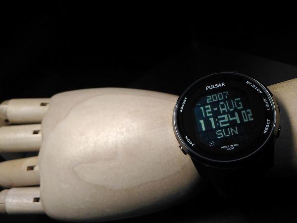 【訳あり!1円 デジタル PULSAR ワールドタイム】新品 SEIKO セイコー パルサー 腕時計 クロノグラフ 100m防水 メンズ 逆輸入 ウォッチ_画像7