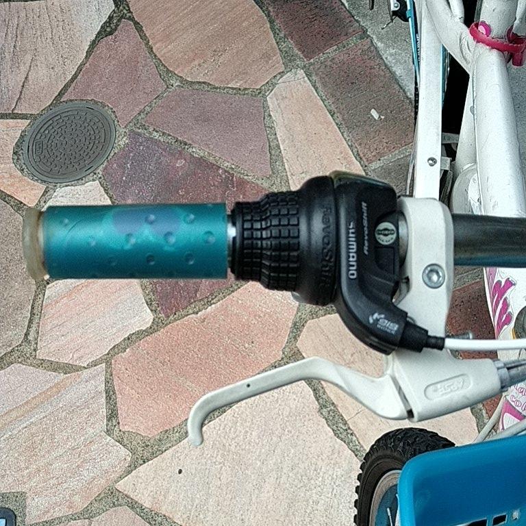 キッズ 自転車 女の子 22インチ _画像4