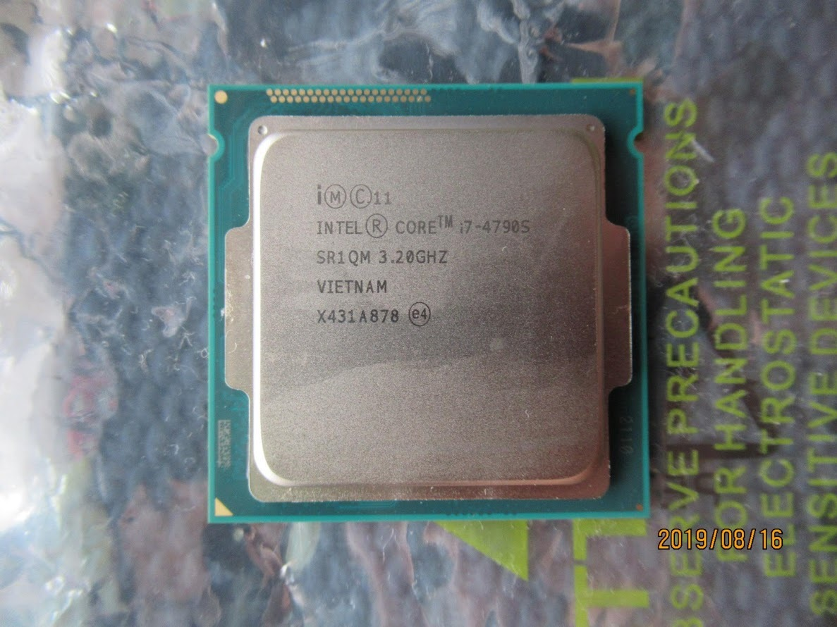 Intel Core i7-4790s 3.20GHz コードネーム: Haswell (本体のみ)