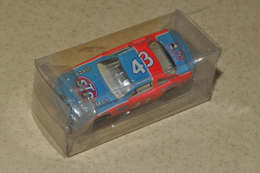 アクション NASCAR 25th アニバーサリー STP No.43 1996 S=1/64_画像3
