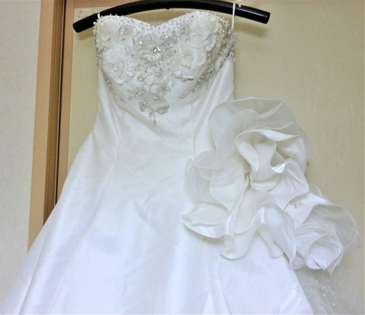 2WAYのウエディングドレス★9FT シルバー刺繍レース_画像2