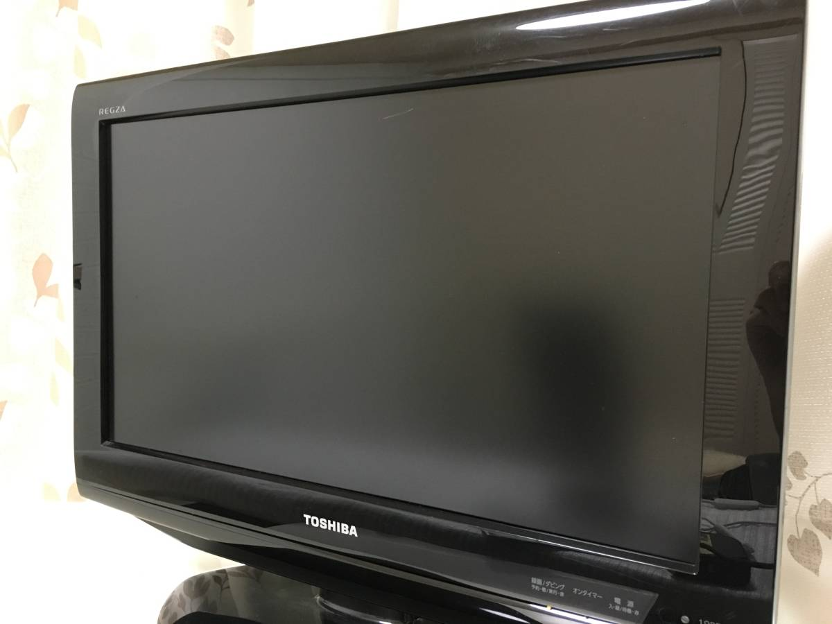 TOSHIBA 19インチ LED液晶テレビ レグザ 19RE2 ノングレア IPSパネル 東芝 19型TV 外付けHDD対応 ダブルチューナー リモコン REGZA_画像3