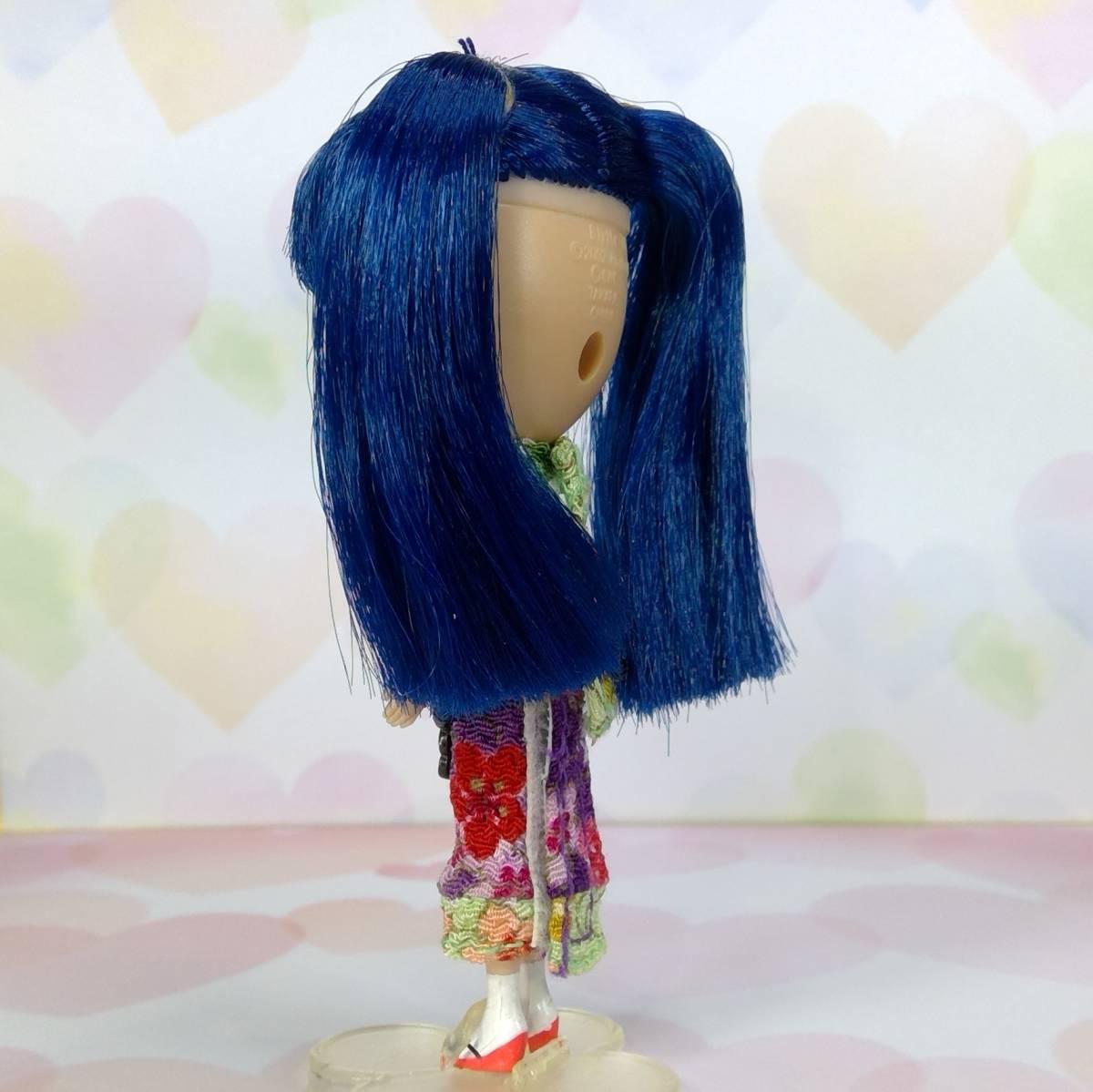 【中古品】○プチブライス、〇アジアンバタフライ、ブルーの髪 チャイナ風のヘアスタイル ちりめん風生地、箱無し、本体のみ_画像7