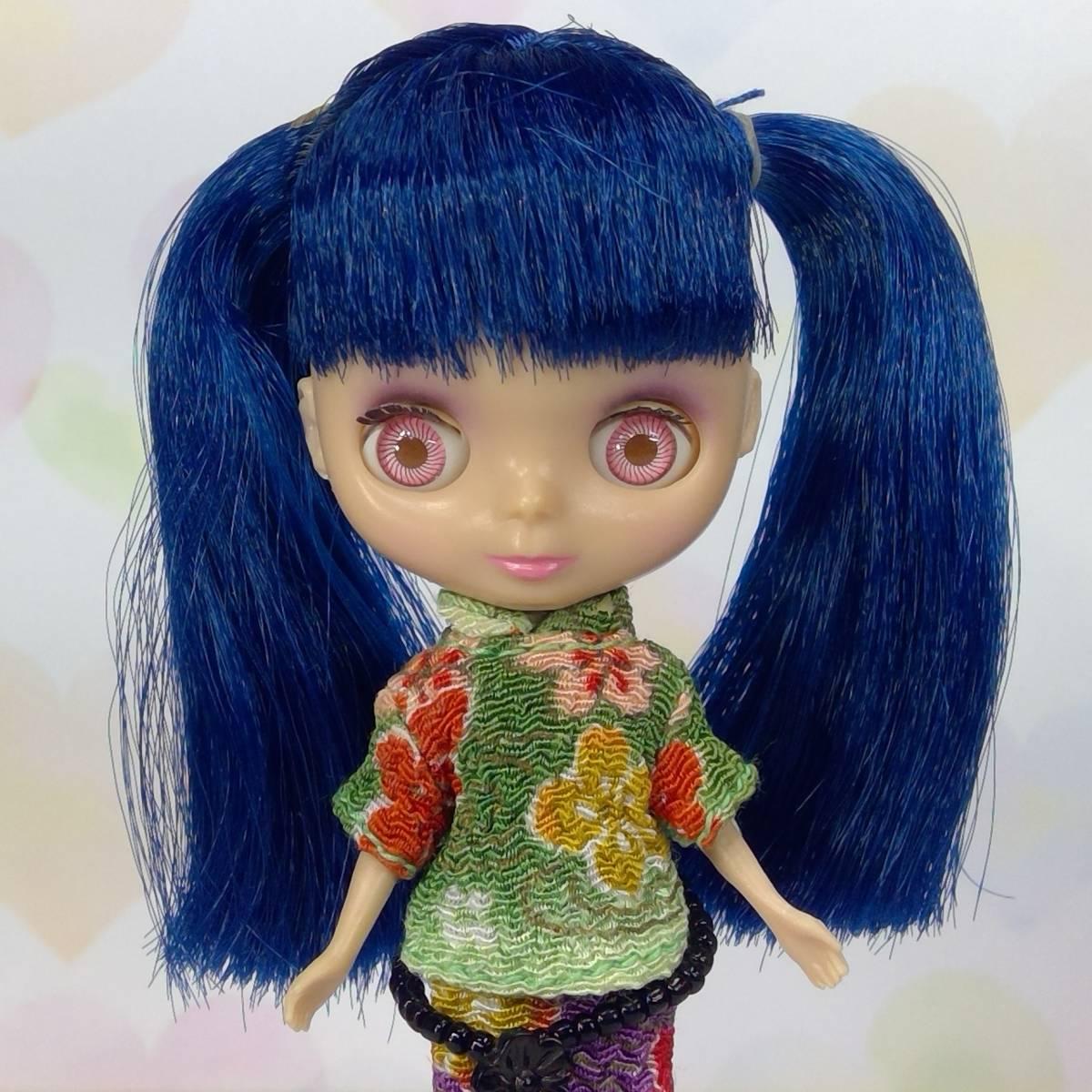 【中古品】○プチブライス、〇アジアンバタフライ、ブルーの髪 チャイナ風のヘアスタイル ちりめん風生地、箱無し、本体のみ