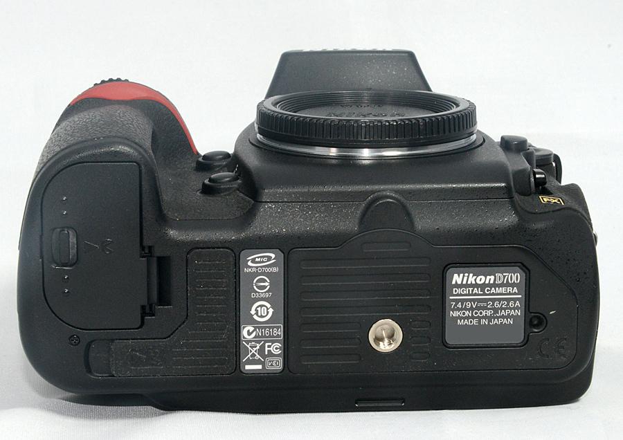 【ニコン Nikon D700ボディ】 ショット数少なめ4千台 中古美品 元箱付 FXデジタル一眼レフ_画像5