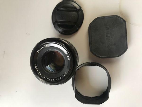 フジFUJIFILM X-PRO1【美品、箱、オリジナルセット】+ 標準35mm レンズ(レンズフード付) +予備バッテリー+接岸補助レンズ+1.0付 _画像10