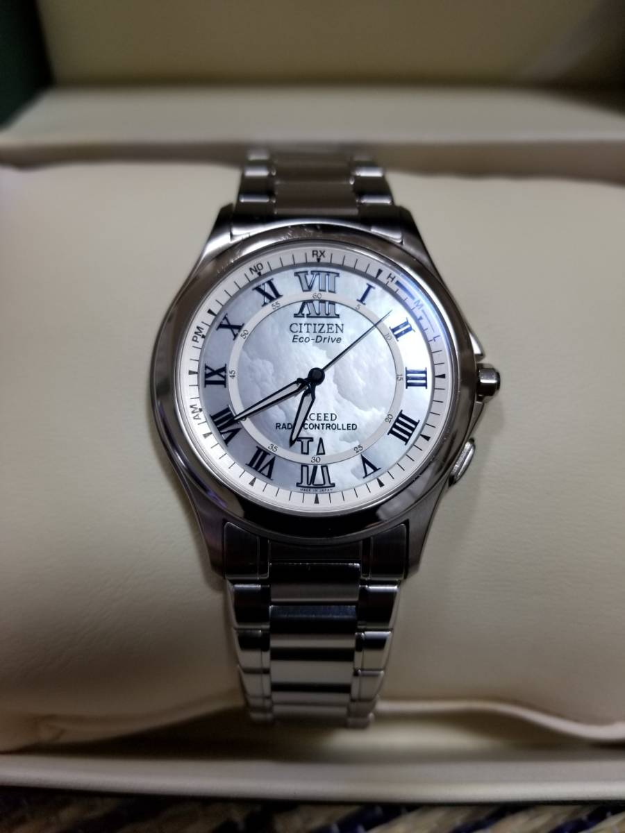 シチズン エクシード H430-T005675 電波ソーラー 腕時計 エコドライブ シェル文字盤 美品_画像2