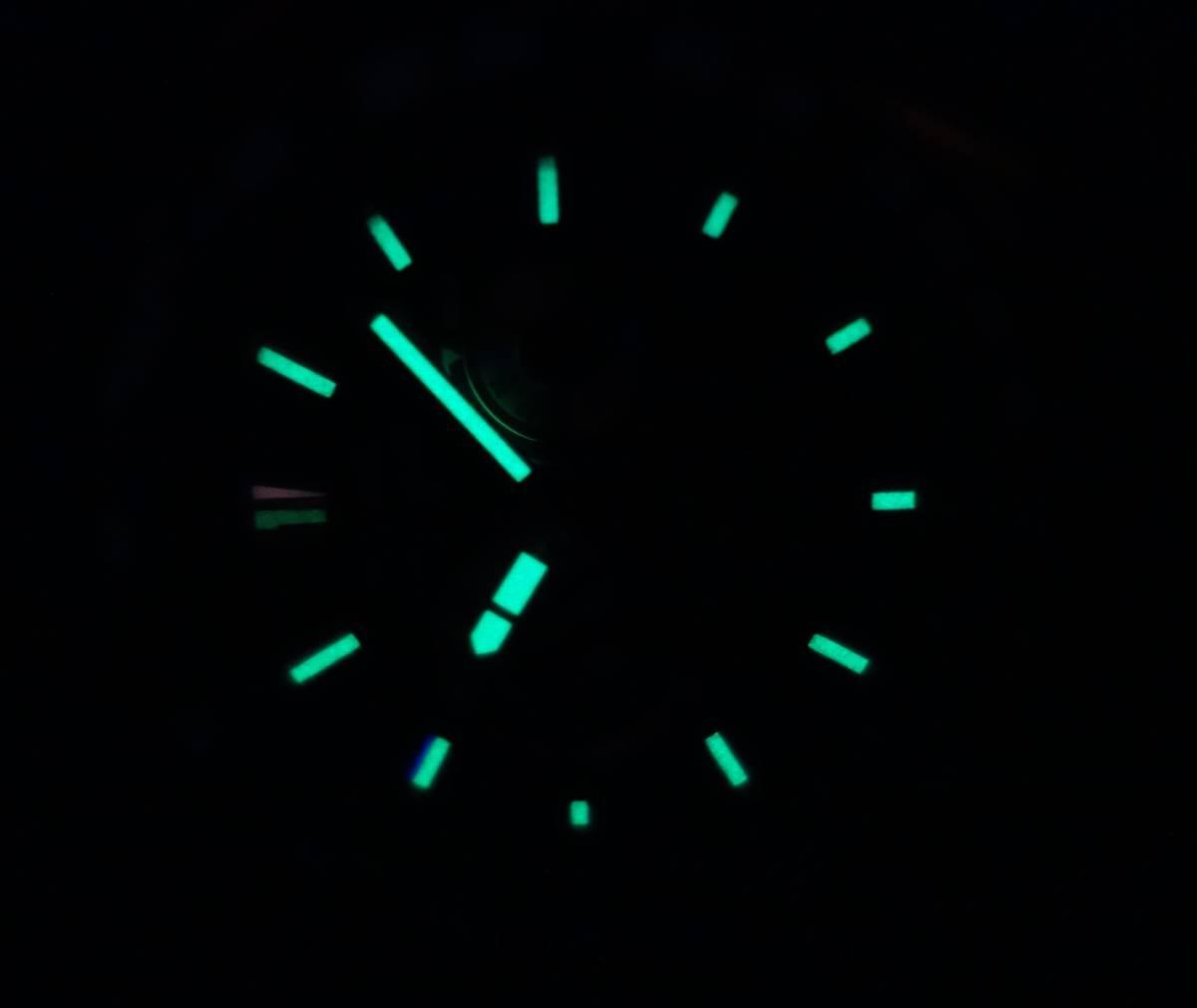 視認性のあるルミブライト蓄光