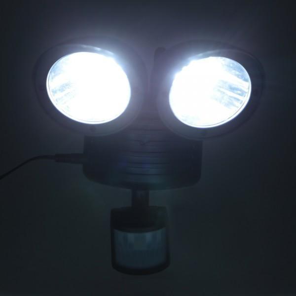【即決特価】 防犯対策に LED 22灯 搭載 人感センサーライト 850lm 太陽光 ソーラー パネル セキュリティ 照明 照射 車庫 玄関灯 庭 黒_画像6