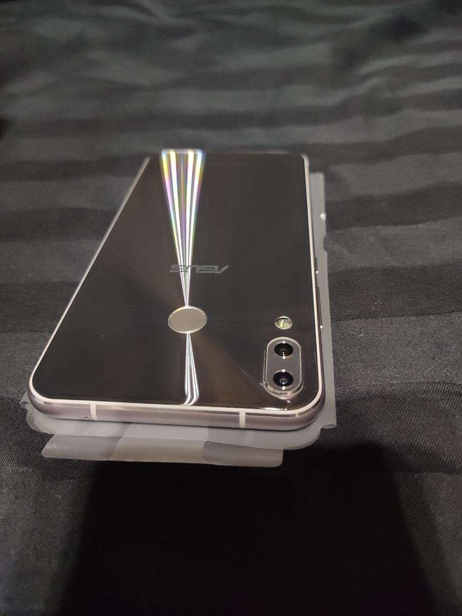 【美品】国内版 ASUS ZenFone 5Z スペースシルバー ZS620KL_画像4