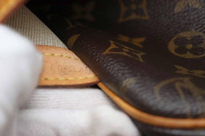 【美品】ルイヴィトン Louis Vuitton モノグラム リポーターPM ショルダーバッグ 斜め掛け メッセンジャーバッグ 鞄 定価約16万円_画像10
