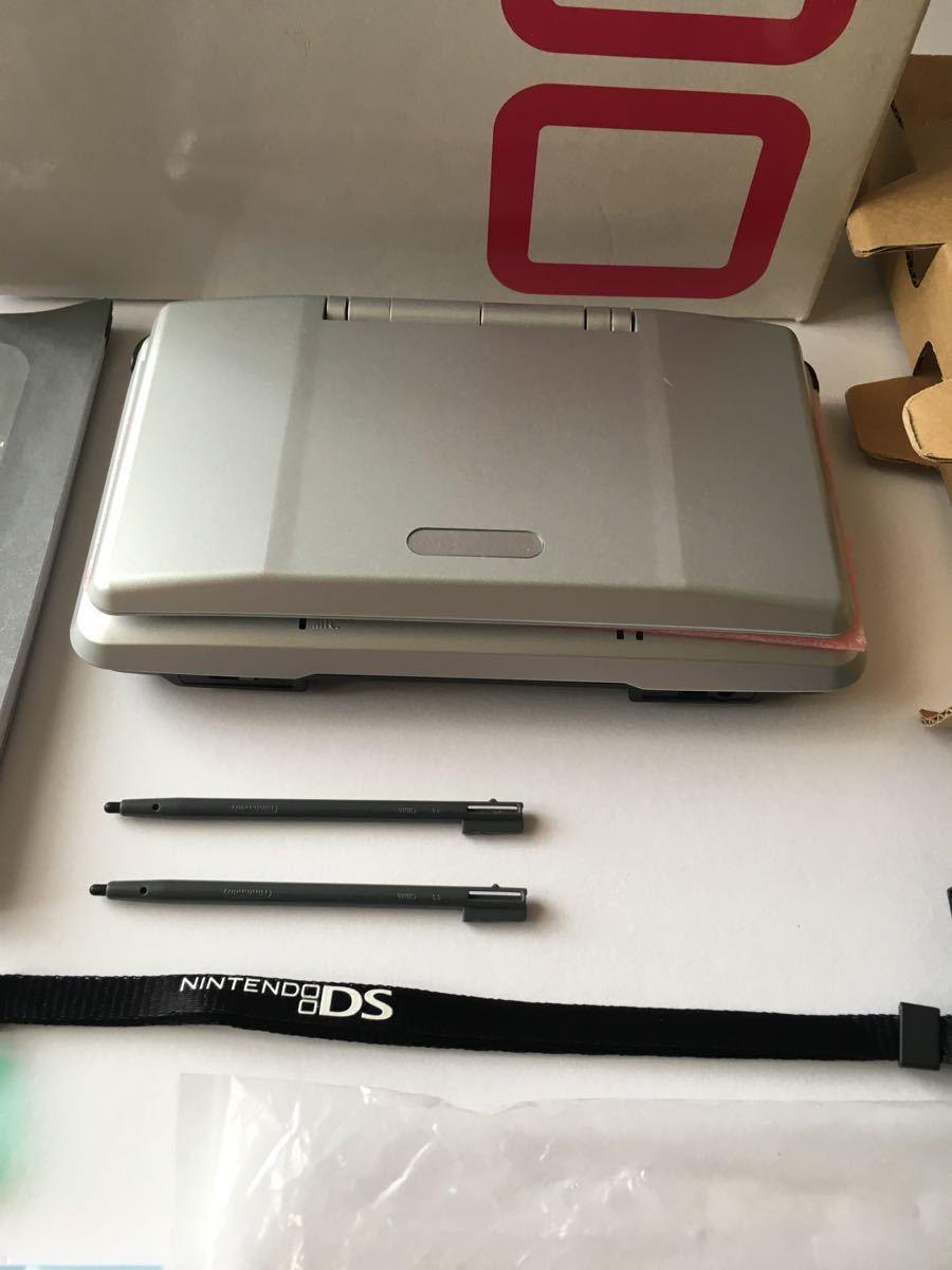 美品 希少ニンテンドーDS プラチナシルバー 完品 タッチペン、ストラップ付き メーカー生産終了 任天堂 NINTENDO NTR-001 JPN_画像8