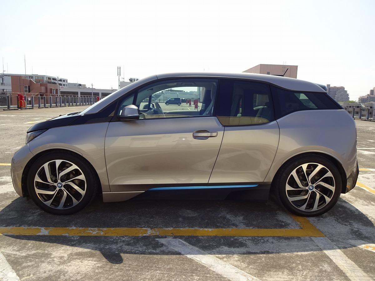 ◎27年 BMW i3 レンジエクステンダー 検 令和2年9月 走行74800キロ 美車 ACC インテリジェントセーフティ HDDナビ&バックカメラ 即乗OK! _画像9