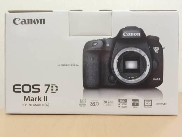 【新品未使用】Canon キヤノン EOS 7D Mark II ボディ 送料無料