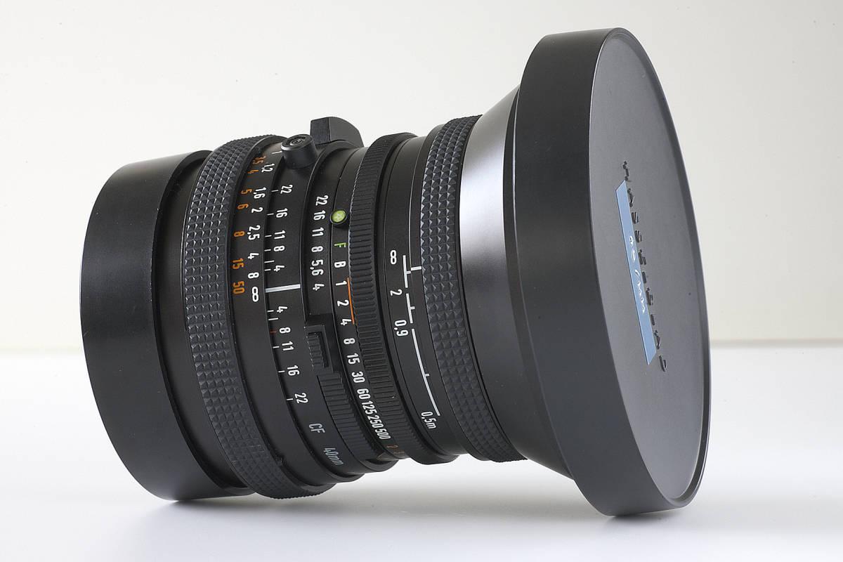 美品!.Carl Zeiss Distagon 40mm F4 T*_画像5