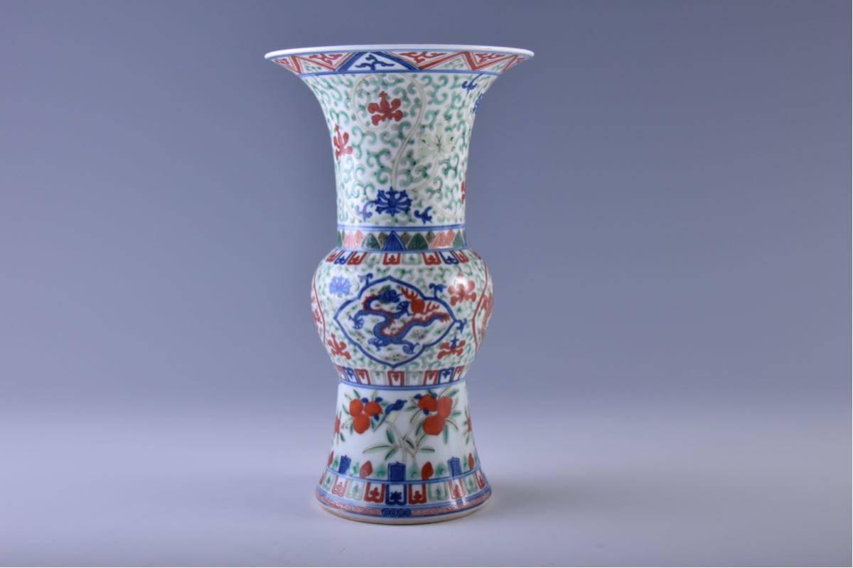 (旭)19082306 中国美術 在銘五彩龍紋花瓶 _画像2