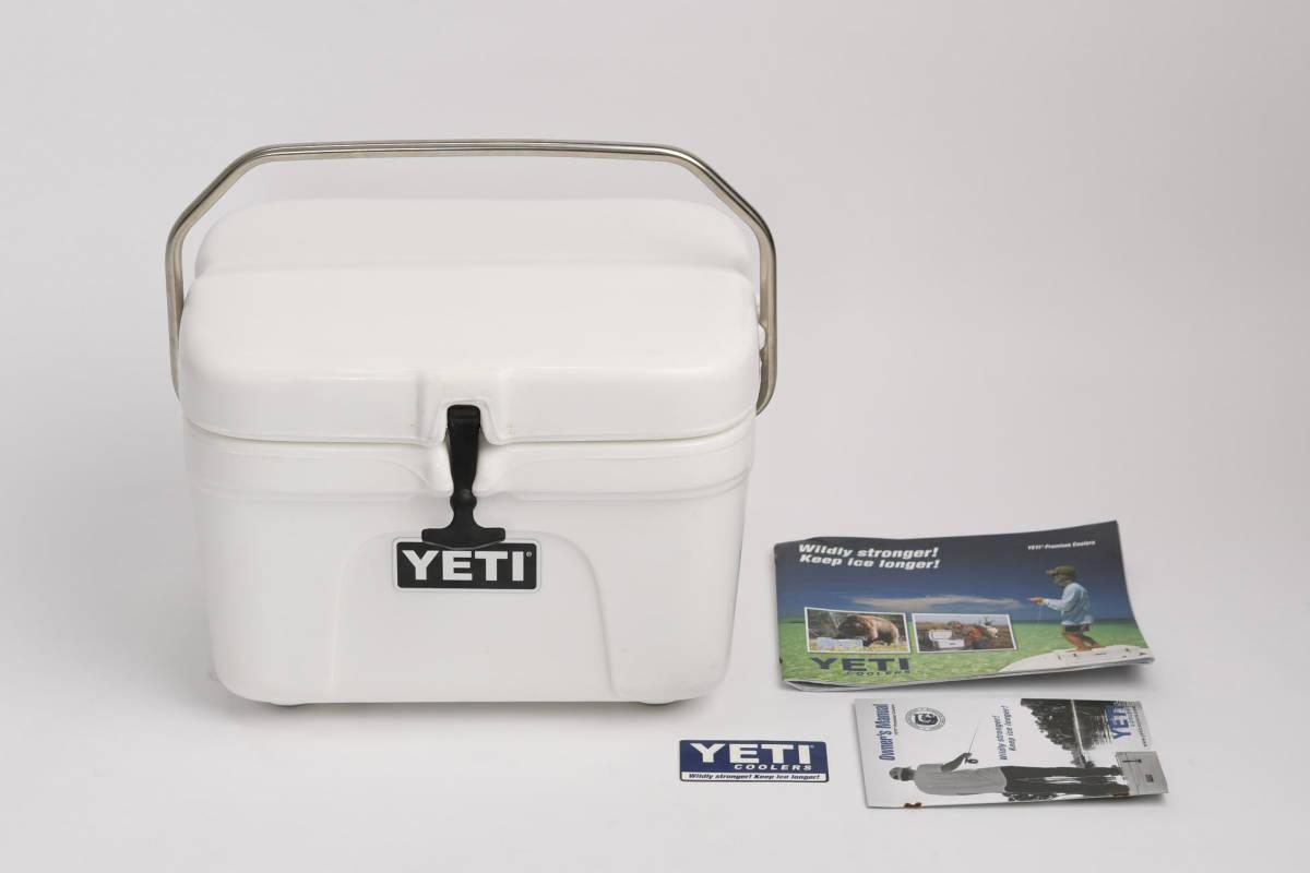 新品 未使用 YETI Roadie 15 イエティ ローディ ホワイト クーラーボックス デッドストック 廃盤品 希少