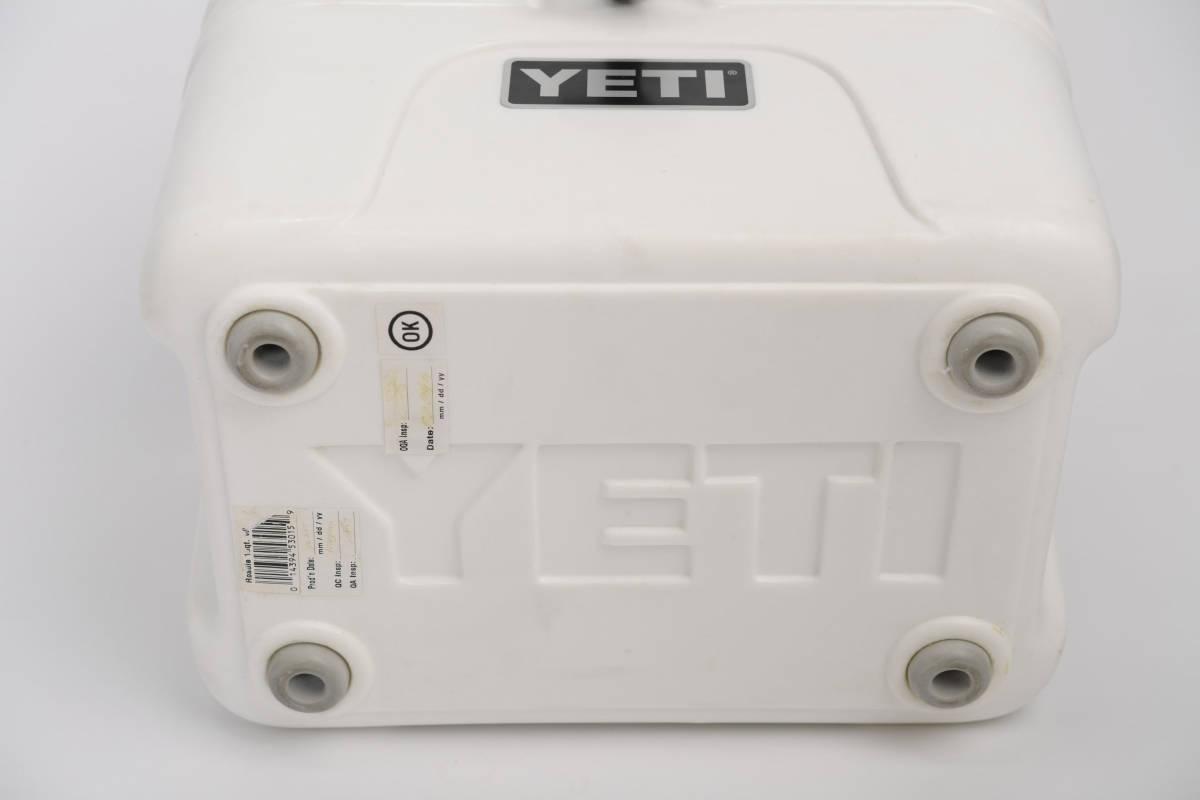 新品 未使用 YETI Roadie 15 イエティ ローディ ホワイト クーラーボックス デッドストック 廃盤品 希少 _画像7