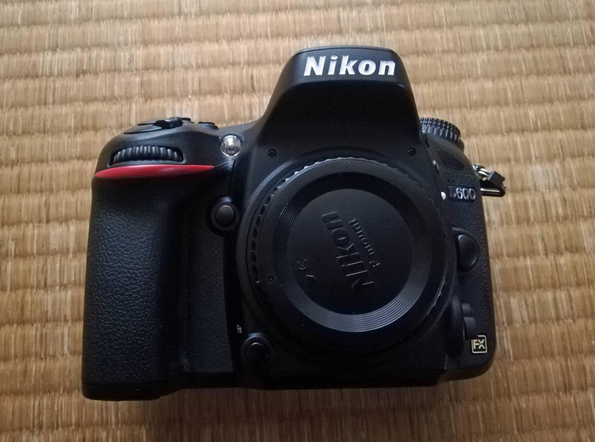 Nikon ニコン D600 ボディ 中古良品