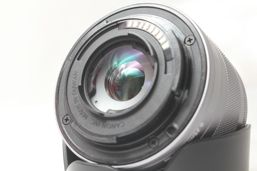 ★【新品級】Canon EF-M15-45mm F3.5-6.3 IS STM ★手ブレ防止付きミラーレス用レンズ 小さくて超軽いからどこでも持っていける!_画像3