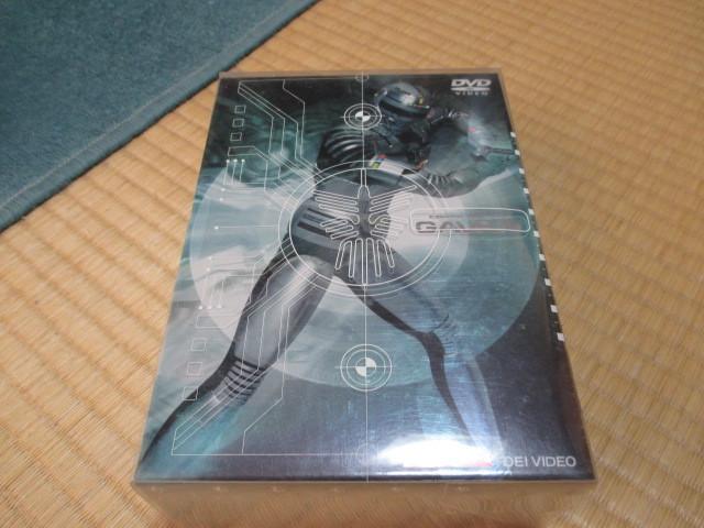 即決★宇宙刑事ギャバン Vol.1 [DVD]★2枚組★1話~11話収録★初回限定/全巻収納BOX/解説書付_画像1