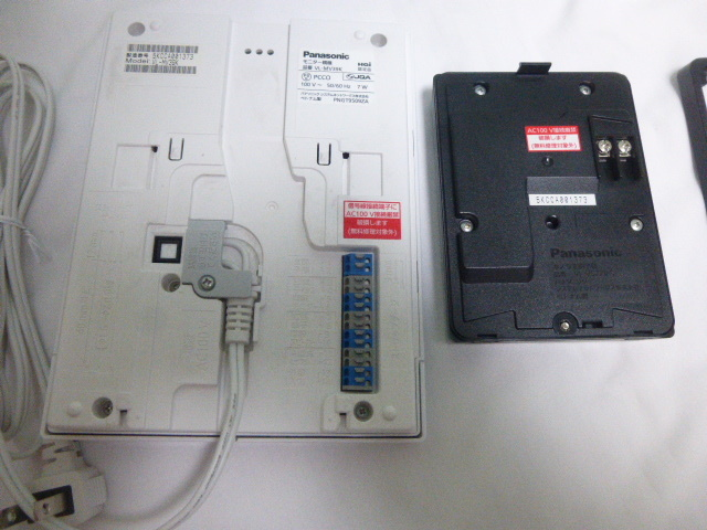 【中古】パナソニック(Panasonic) テレビドアホン2-2タイプ モニター親機 カメラ玄関子機セット VL-SV39KL_画像3