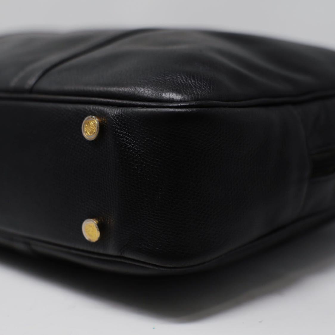 極美品 美品 A4収納 PC収納 LOEWE ロエベ ビジネスバッグ ブリーフケース 25万 メンズ カーフ レザー本革 黒 ブラック バッグ ビンテージ_画像6