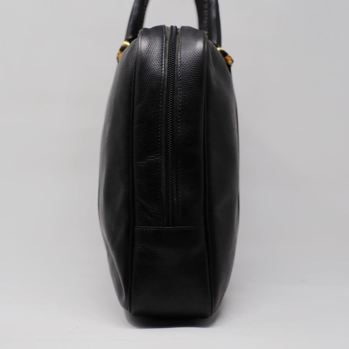 極美品 美品 A4収納 PC収納 LOEWE ロエベ ビジネスバッグ ブリーフケース 25万 メンズ カーフ レザー本革 黒 ブラック バッグ ビンテージ_画像4