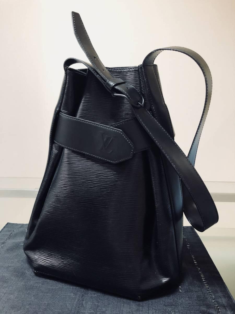 ◆ 超美品 ◆ ルイヴィトン LOUIS VUITTON サックデポール 黒 バッグ