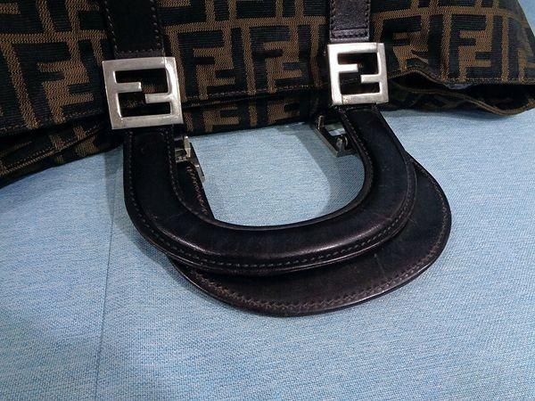 【美品/A】◆本物◆FENDI フェンディ ズッカ トートバッグ 40cm A4収納 ジャガード レザー ブラウン×ブラック_画像5
