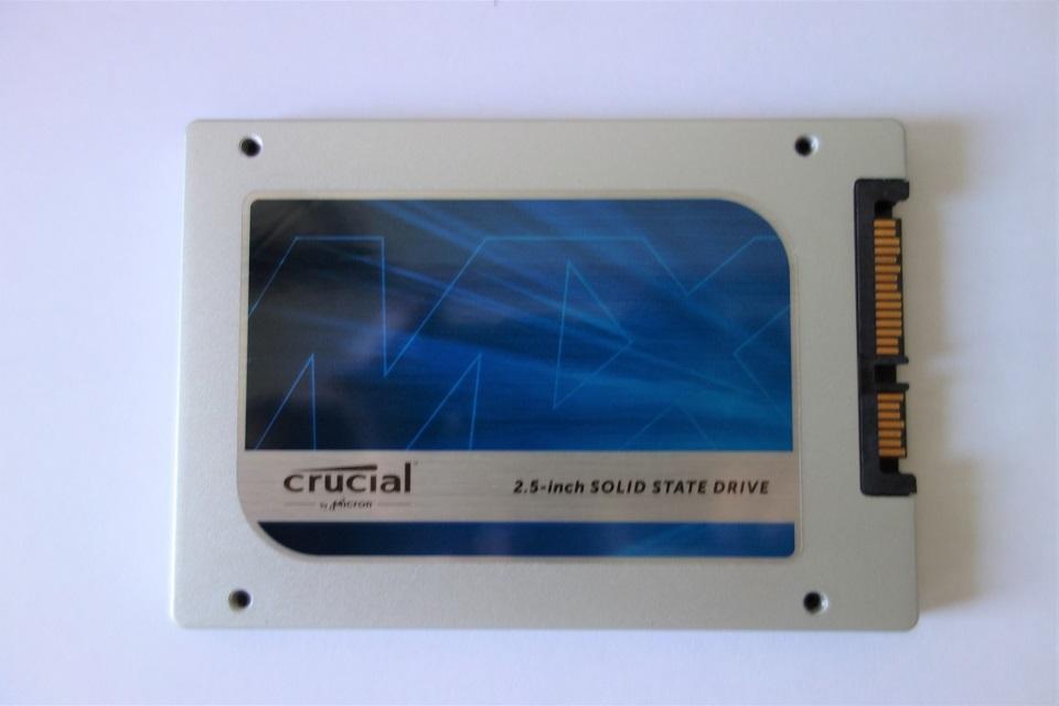 crucial SSD 256GB MX100 2.5インチ 7mm (9.5mmアダプター付) SATA 6.0Gb/s CT256MX100SSD1