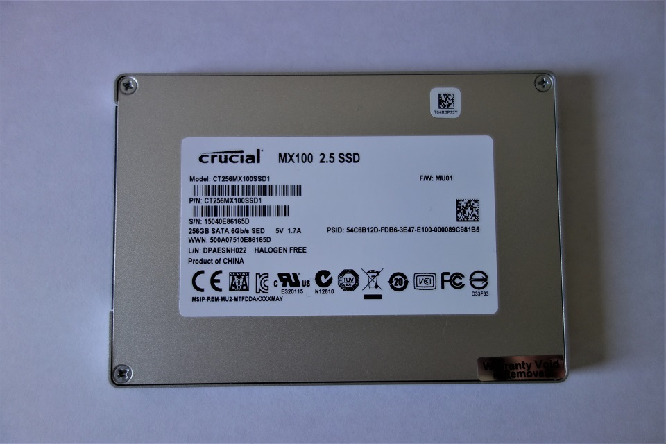crucial SSD 256GB MX100 2.5インチ 7mm (9.5mmアダプター付) SATA 6.0Gb/s CT256MX100SSD1_画像2