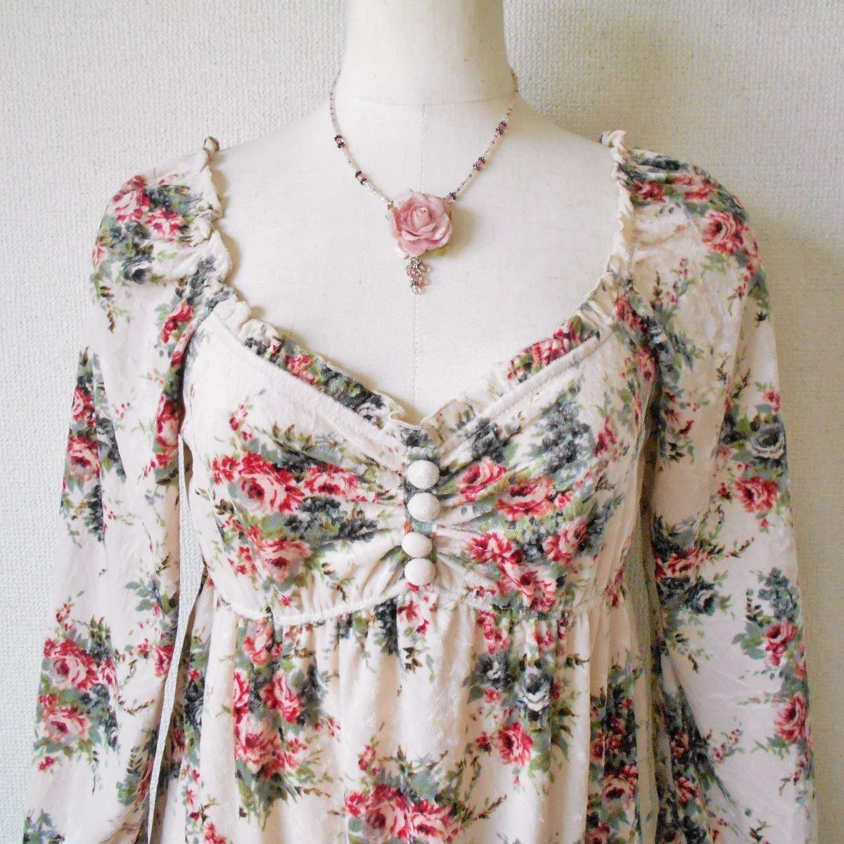 レストローズ LEST ROSE 秋冬 向き 花柄 プリント の 可愛い ベロア 長袖 カットソー 日本製 2_画像2