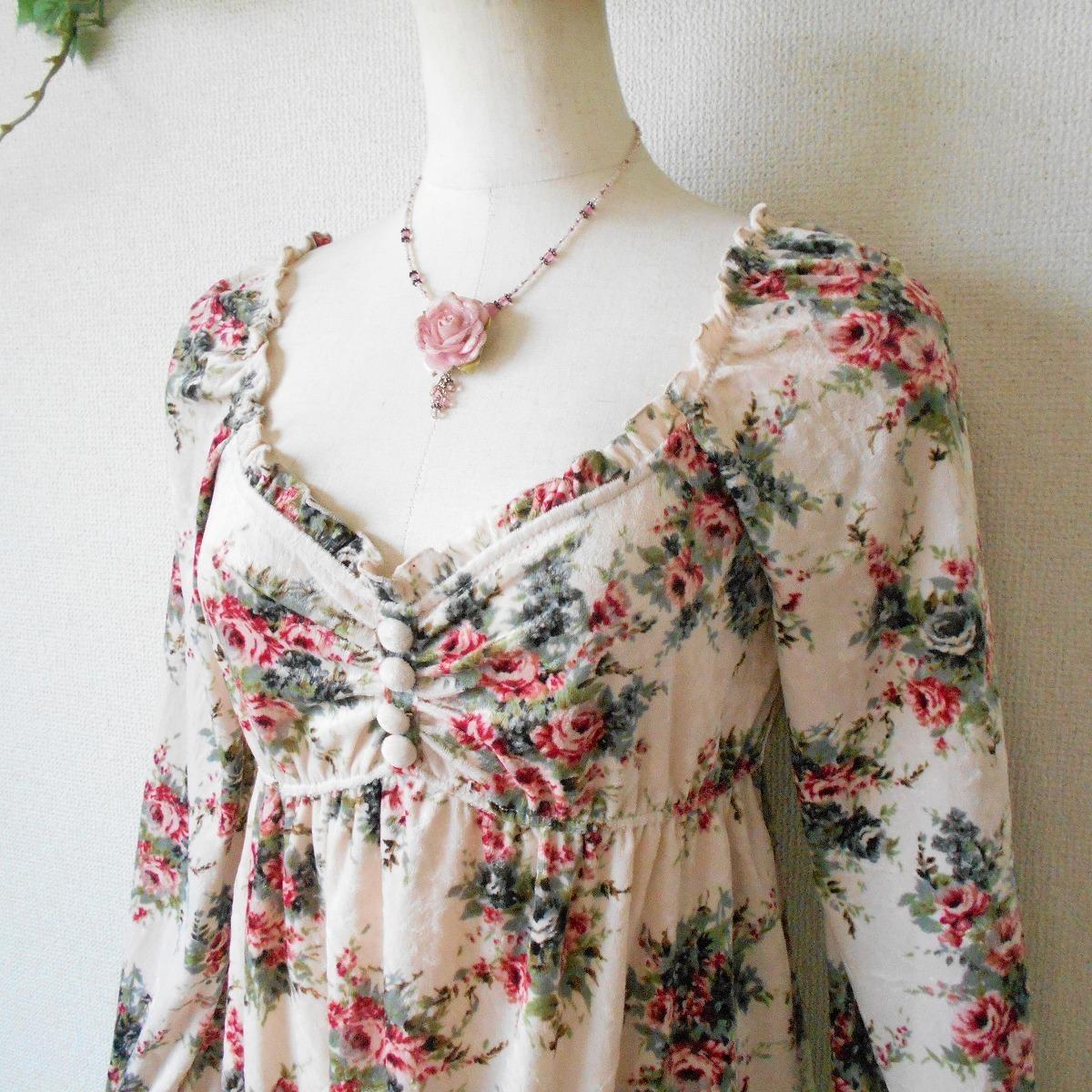 レストローズ LEST ROSE 秋冬 向き 花柄 プリント の 可愛い ベロア 長袖 カットソー 日本製 2_画像3