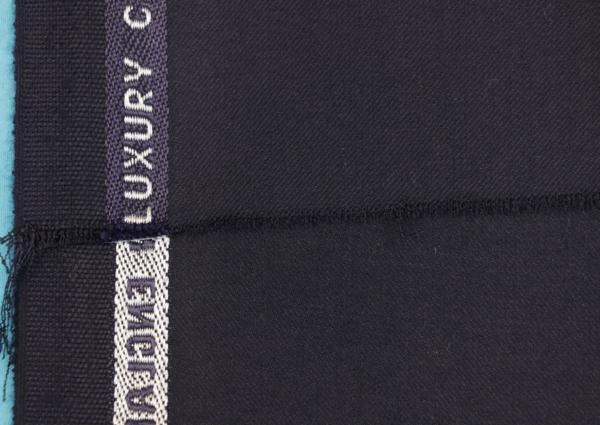 ■最高級カシミア100%のスーツ生地!名門「ミノバ社」の濃紺無地・羽衣のように気持ちいい。_画像6