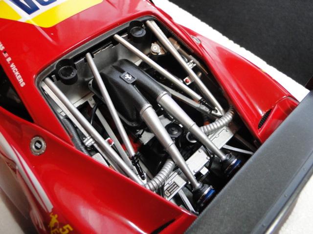 ホットウィール エリートシリーズ 1/18 フェラーリ458イタリア GT2 2012LeMans AF CORSE_画像4