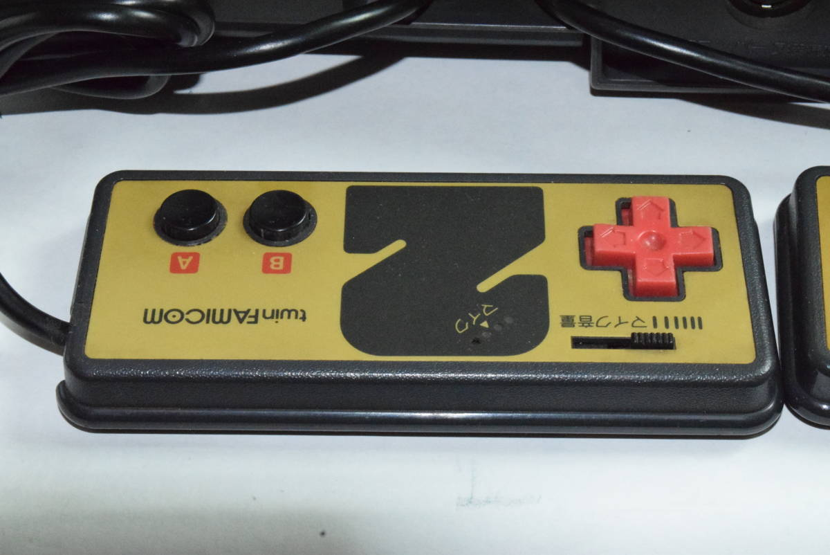 SHARP AN-500B ツインファミコン 本体 中古 カセット ディスク付き_画像6