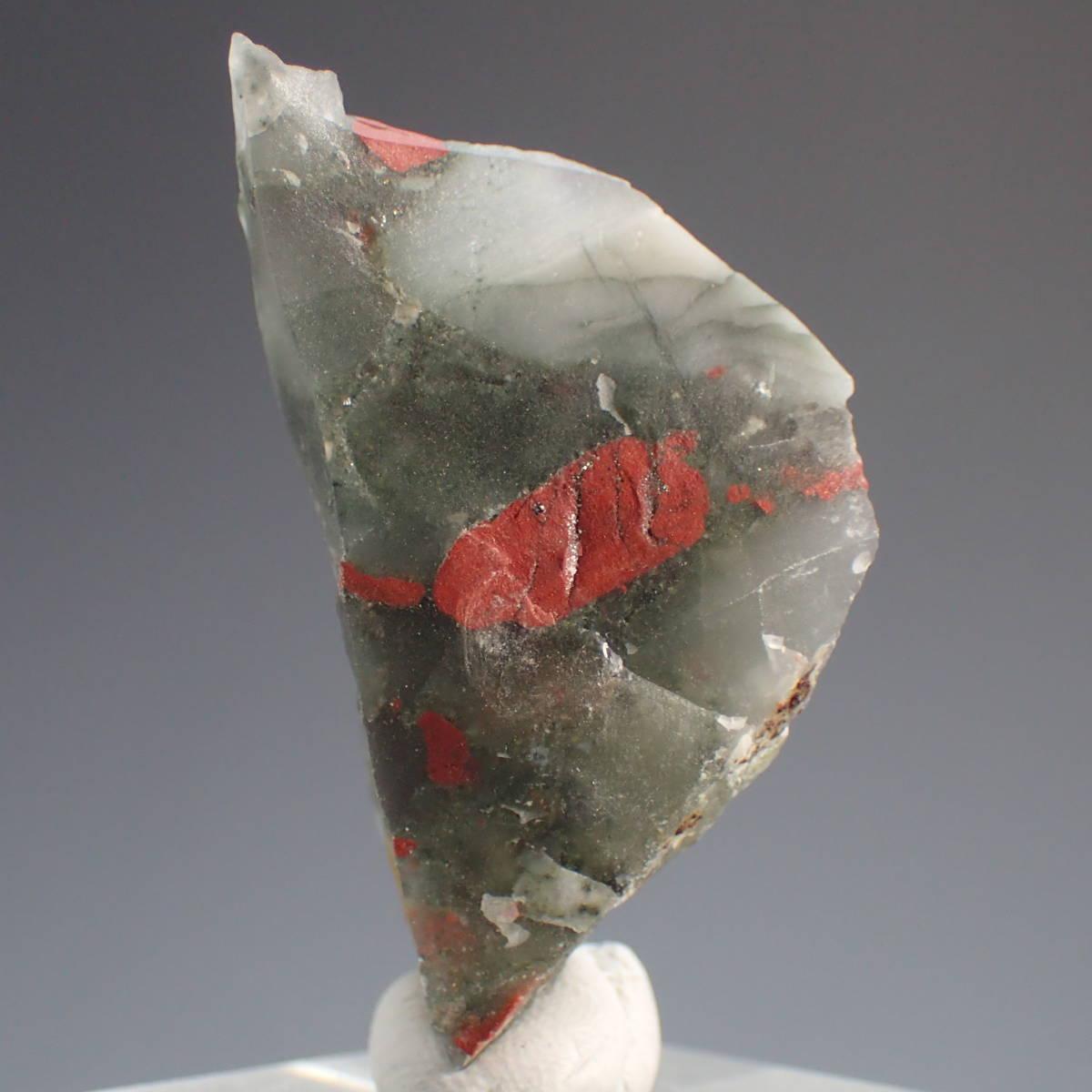 南アフリカ共和国 北ケープ州産 ブラッドストーン 原石 15.0g 天然石 鉱物標本 血石 パワーストーン ジャスパー_画像1