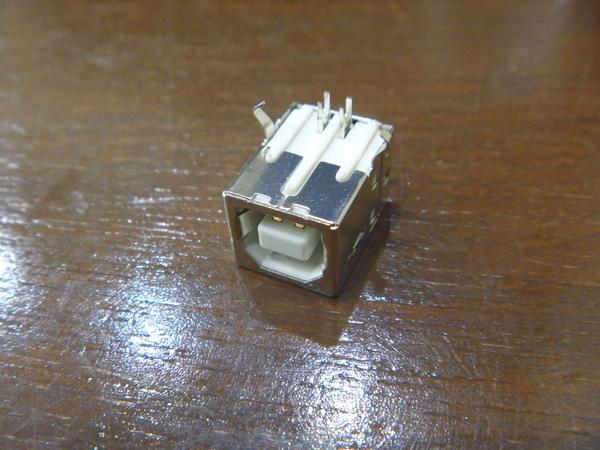 3) 基板取付用 USBコネクタ Bタイプ メス 3個 新品未使用_画像2
